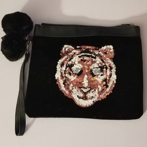 large Black velvet tiger pom pom fashion wallet